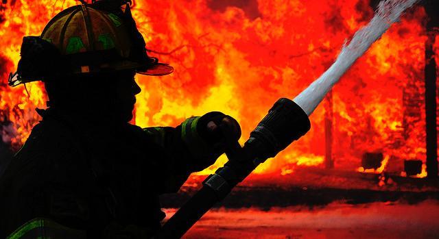 بخش ماموگرافی بیمارستان شهدای ایذه در آتش سوخت