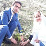زوج ایذهای زندگی مشترک خود را در برنامه جنگلانه امروز با کاشت نهال بلوط آغاز کردند