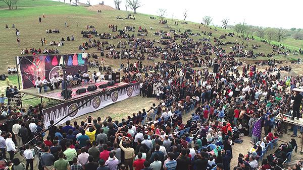 دومین جشنواره فرهنگی لری بختیاری بلوط بلند دهدز برگزار شد