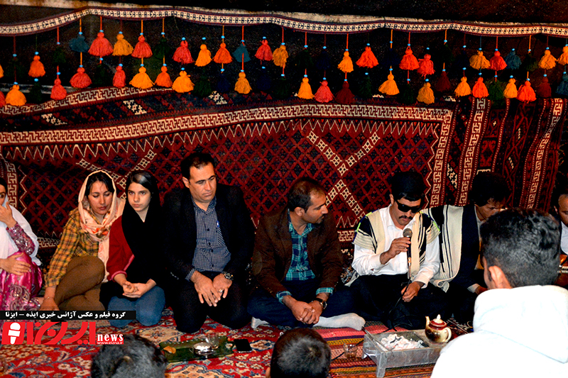 برگزاری برنامههای فرهنگی و هنری ویژه نوروز در ورودی شهر ایذه+عکس