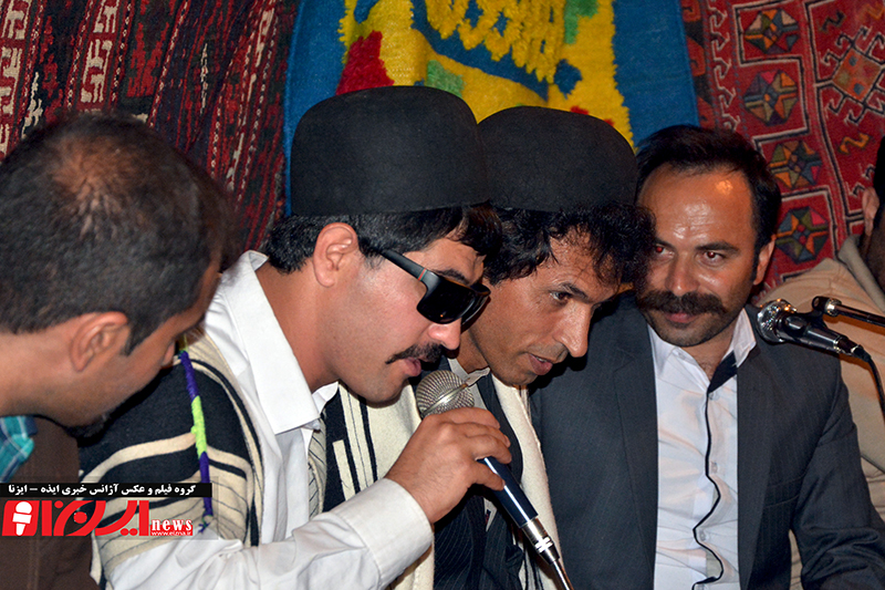 اجرای موسیقی توسط موسی موسوی و بهمن حسینی