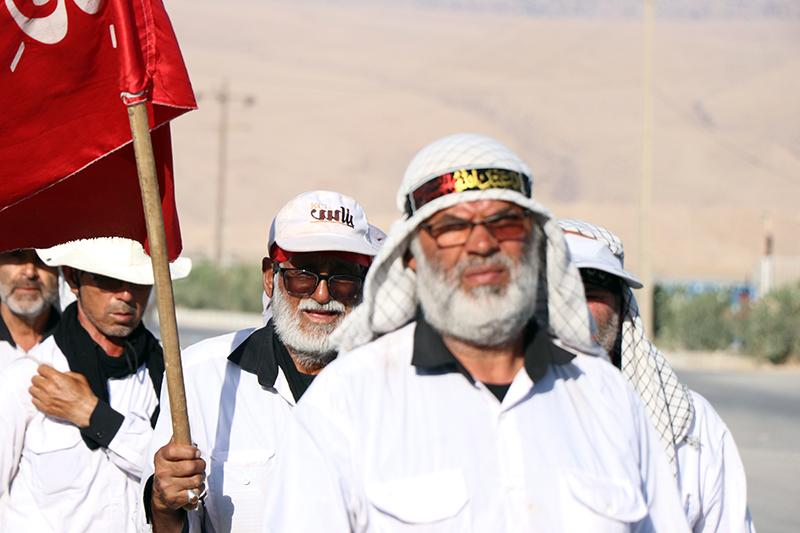ورود کاروان پیاده انصارالحسین به ایذه با استقبال مردم