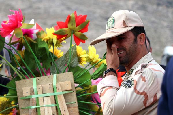 برگزاری باشکوه مراسم تشییع و خاکسپاری «شهید موسوی» در ایذه+تصاویر