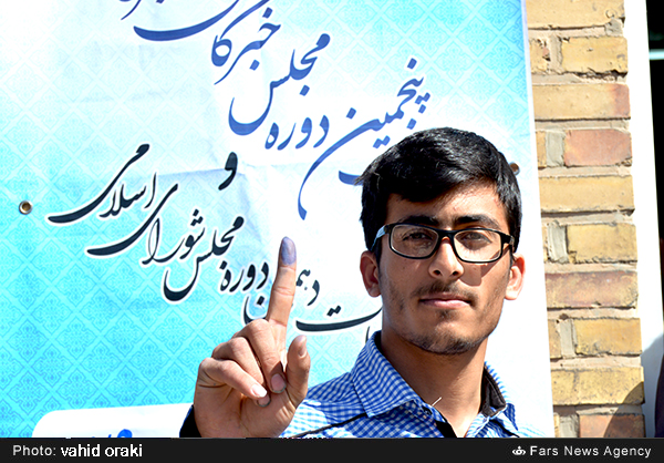 حماسه از جنس دوربین و قلم / حضور پرشور رسانههای استان در روز حماسی انتخابات دهم