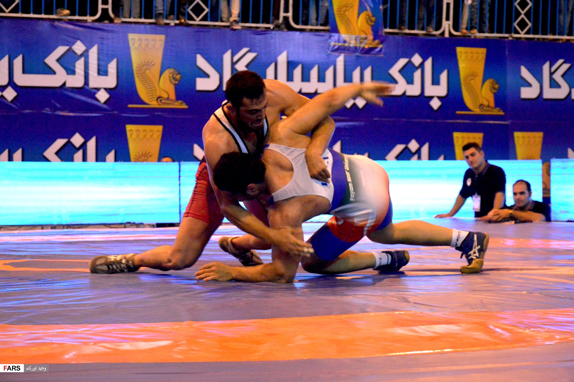 گزارش تصویری پیروزی سینا صنعت ایذه در مقابل دانشگاه پیام نور خوزستان