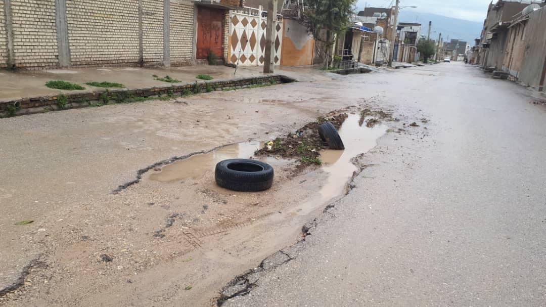 بحران آسفالت در شهر بدون شهردار/گلایه ایذهایها از وضعیت آسفالت