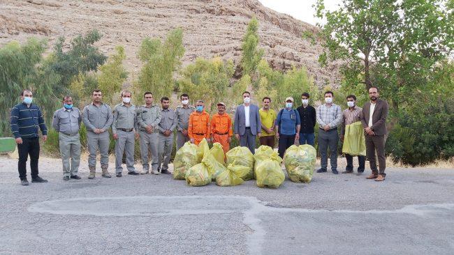 همایش روز جهانی پاکسازی زمین در ایذه برگزار شد